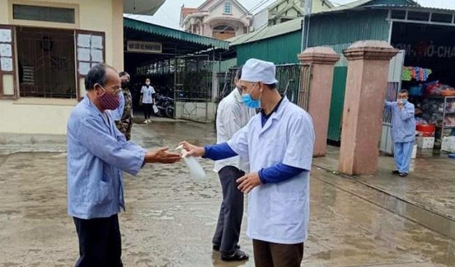 Dịch Covid-19 ngày 28/7: Thêm 7 ca mắc mới; Đà Nẵng chuẩn bị nhân lực để thay thế các y bác sĩ bị lây nhiễm - Ảnh 1.