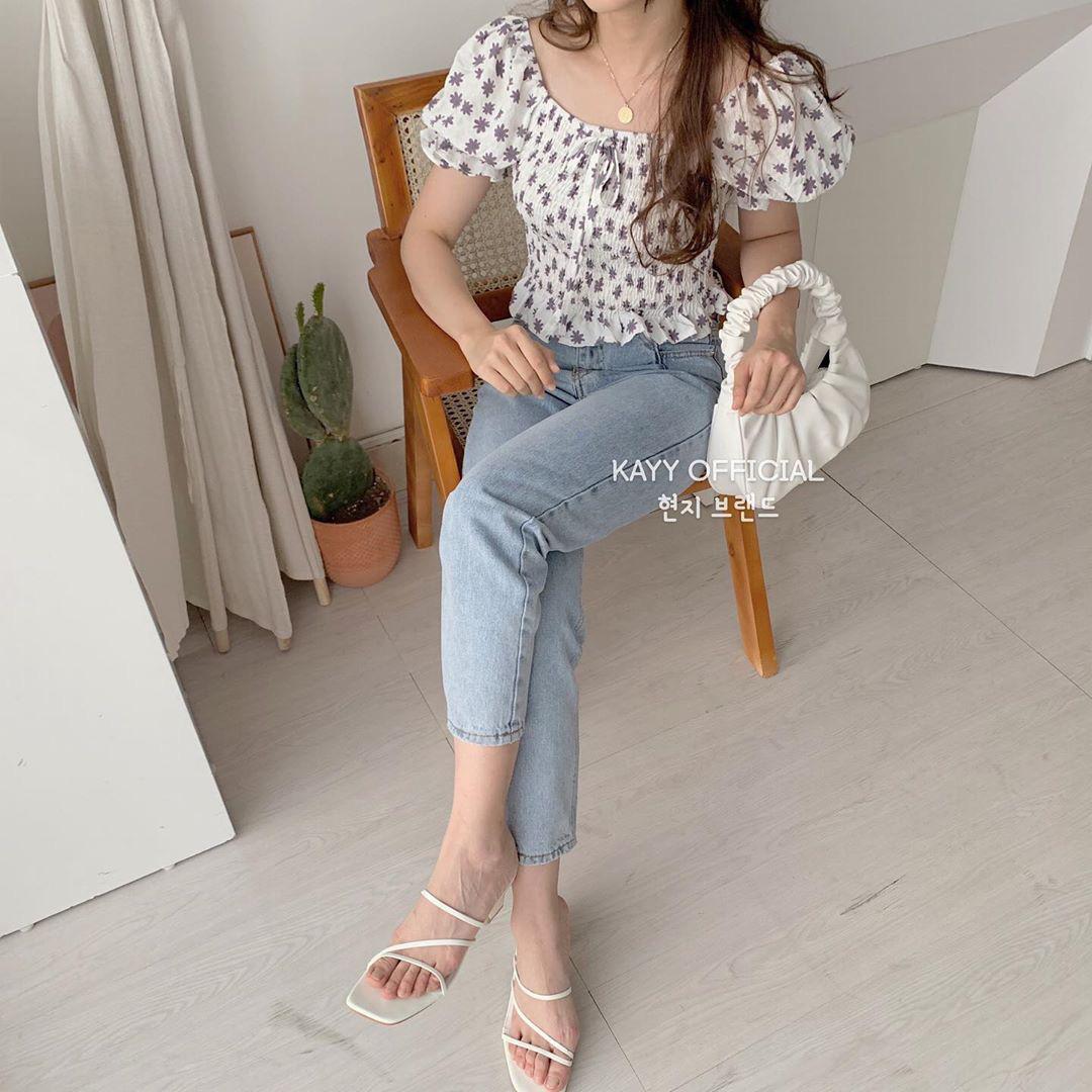 """Áo blouse xếp bèo thấy """"bánh bèo"""" nhưng diện lên rất xinh, 10 item giá """"mềm"""" chỉ từ 220k sẽ khiến bạn khó kìm lòng - Ảnh 19."""