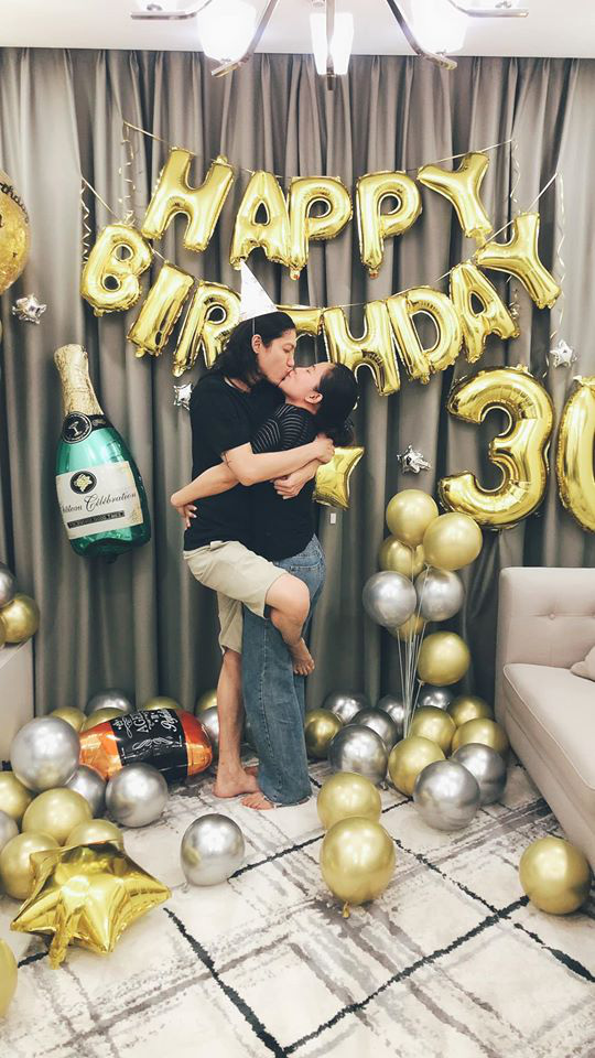 Lý Phương Châu tổ chức sinh nhật bất ngờ cho Hiền Sến, khoảnh khắc khoá môi cực ngọt chiếm trọn spotlight - ảnh 2