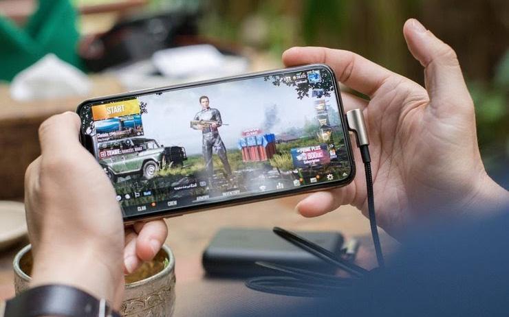 """Chàng trai Ấn Độ gạt bố mẹ học online để """"đốt"""" tiền vào PUBG Mobile, nhanh trí phi tang luôn chứng cứ!"""