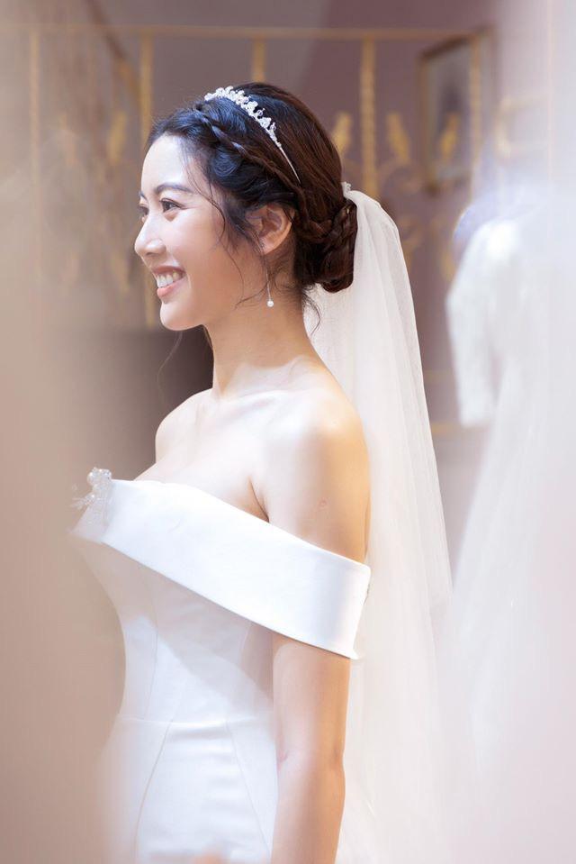 Thuý Vân chính thức hé lộ váy cưới: Lộng lẫy, gợi cảm thế này đích thực là cô dâu được mong chờ nhất tháng 7 rồi! - ảnh 2