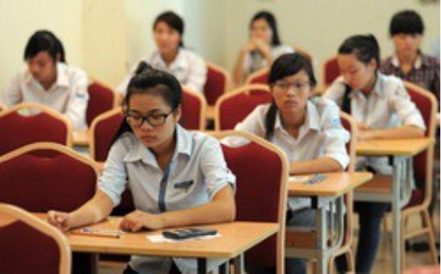 Lộ đề thi Ngữ văn lớp 9 ở TP. Pleiku, 21 hiệu trưởng bị triệu tập - ảnh 1