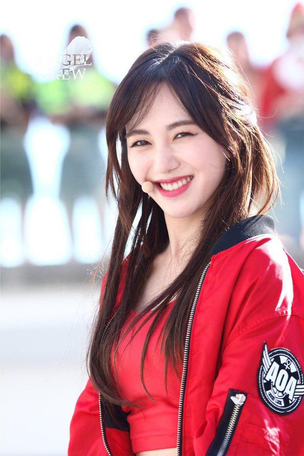 """AOA toàn phốt căng: Seolhyun bị """"tóm sống"""" ảnh hẹn hò phản cảm, Jimin dính bê bối bắt nạt, Mina cũng không thoát scandal - ảnh 14"""