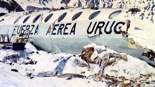Lời kể nạn nhân vụ rơi máy bay ám ảnh nhất lịch sử: Phải ăn tử thi để sống, mang nỗi day dứt đến chết không thể nguôi ngoai - ảnh 2