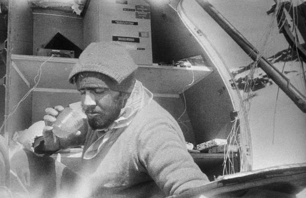 Lời kể nạn nhân vụ rơi máy bay ám ảnh nhất lịch sử: Phải ăn tử thi để sống, mang nỗi day dứt đến chết không thể nguôi ngoai - ảnh 4