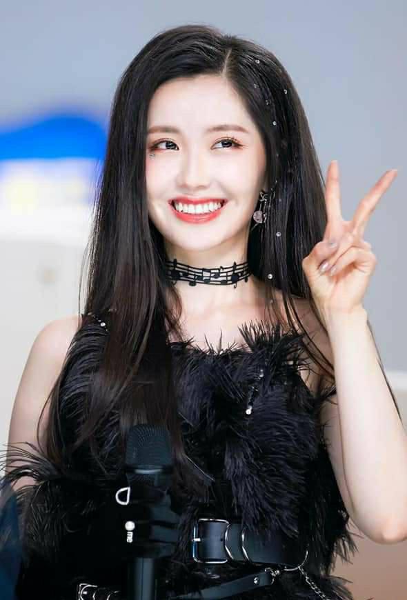 Vừa tốt nghiệp Sáng Tạo Doanh 2020, một thành viên idol group đã gây xôn xao khi sẽ rời nhóm cũ và vĩnh biệt làng giải trí Kpop? - ảnh 5