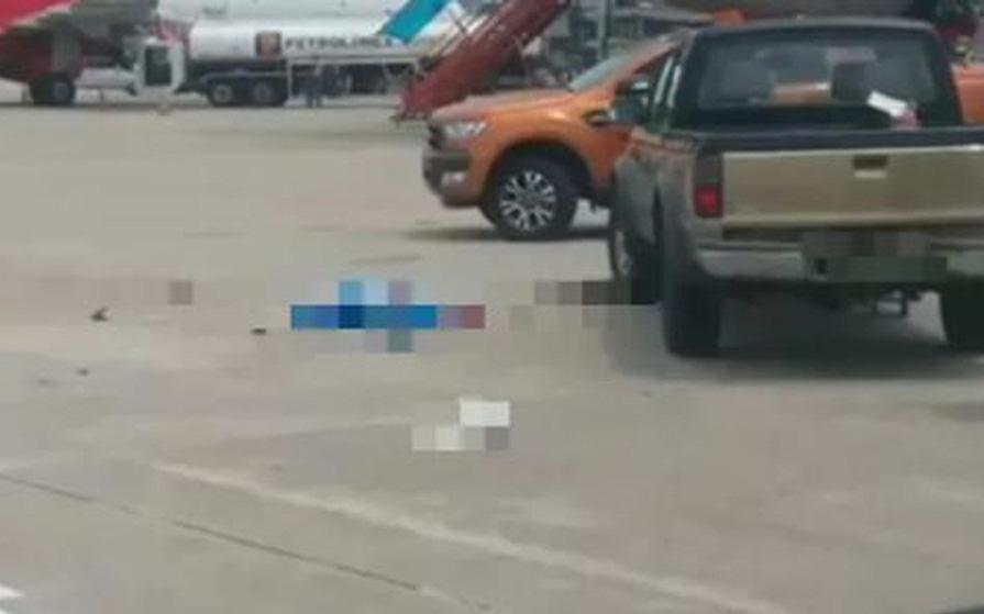 Xe bán tải tông tử vong nữ nhân viên dọn vệ sinh sân bay Nội Bài