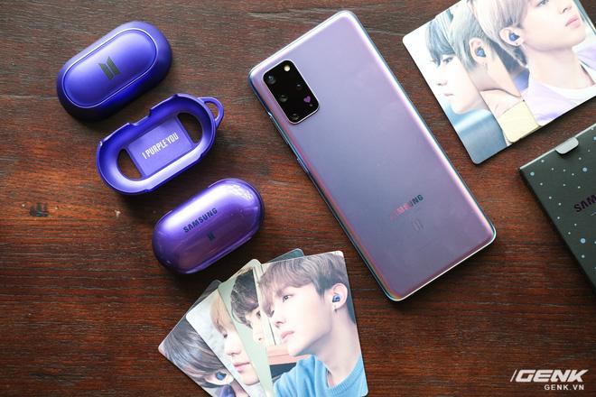 Mở hộp tai nghe Galaxy Buds+ phiên bản BTS: Hộp sản phẩm to bất ngờ, bóc mỏi tay mới biết có nhiều quà kèm theo dành cho A.R.M.Y - ảnh 5