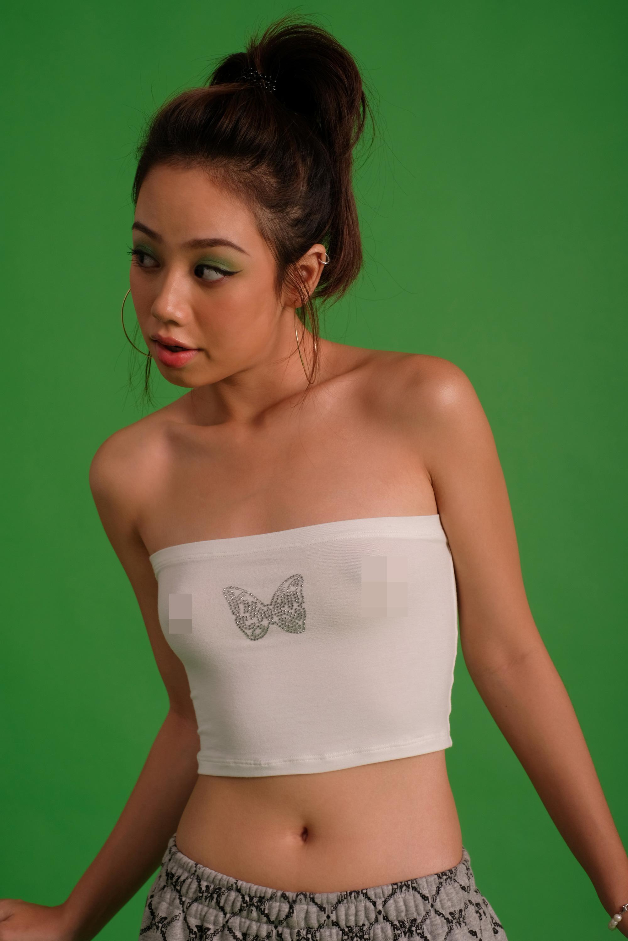 Bắt trend theo Jennie, Chi Pu… hội sành mặc phải sắm ngay các item hình bươm bướm để diện cho xinh và chuẩn mốt - Ảnh 10.