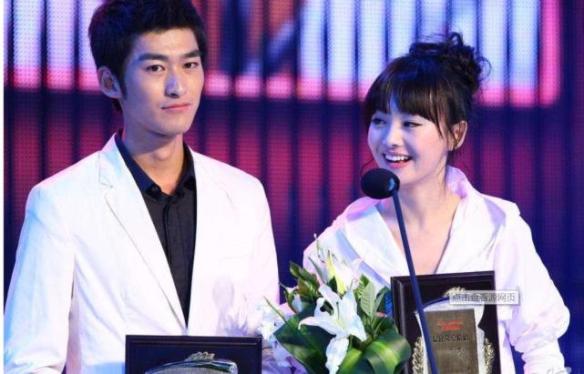 """Vì sao mỹ nam Cbiz luôn tránh Trịnh Sảng như """"tránh tà"""" dù cô nàng là """"Nữ hoàng top tìm kiếm Weibo""""? - ảnh 4"""