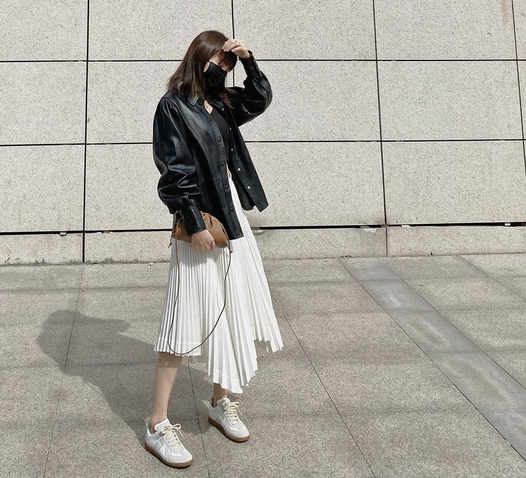 Kỳ diệu chưa: 4 mẫu chân váy sau sẽ giúp bạn cao ráo hơn ít nhất 5cm, có khi còn kéo chân dài miên man - Ảnh 11.
