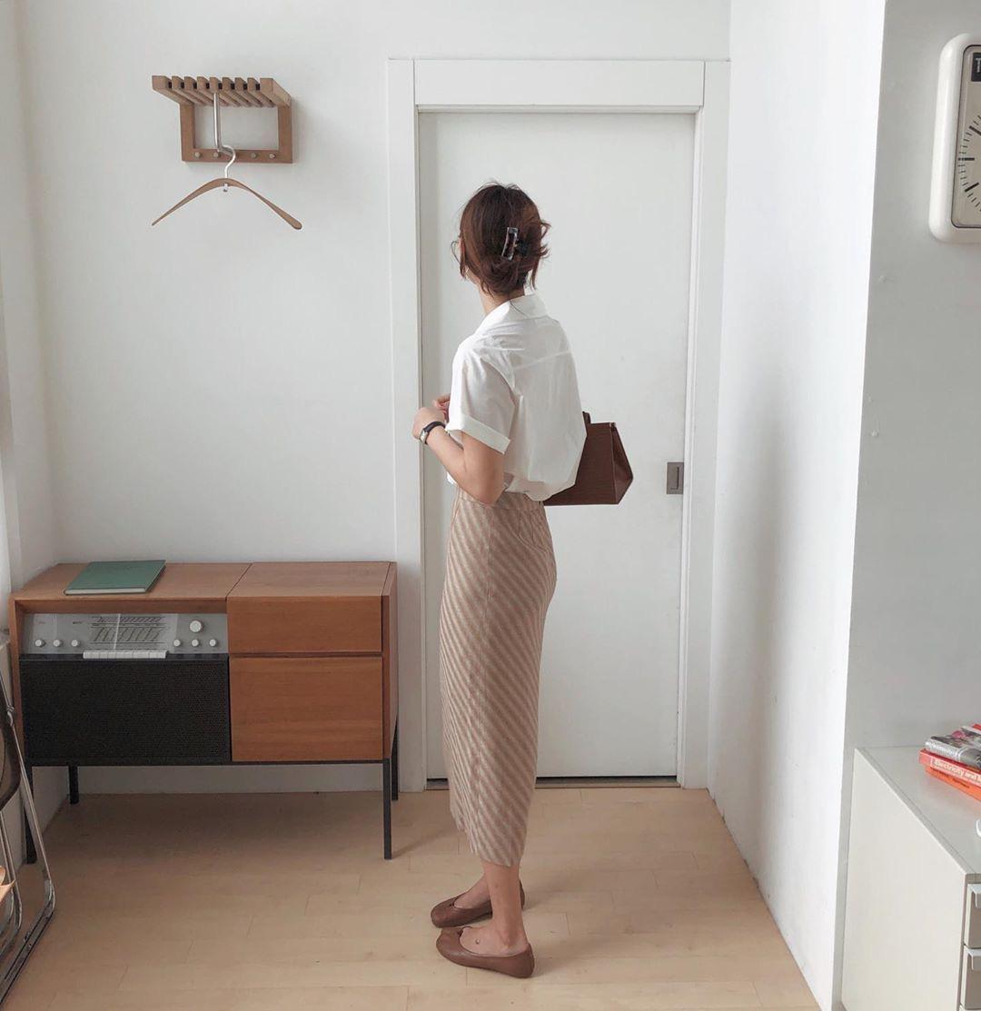 Kỳ diệu chưa: 4 mẫu chân váy sau sẽ giúp bạn cao ráo hơn ít nhất 5cm, có khi còn kéo chân dài miên man - Ảnh 7.
