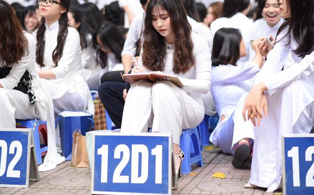 Đếm ngược: Chỉ còn 30 ngày nữa là tới Kỳ thi tốt nghiệp THPT 2020, sĩ tử 2k2 sẵn sàng chưa?