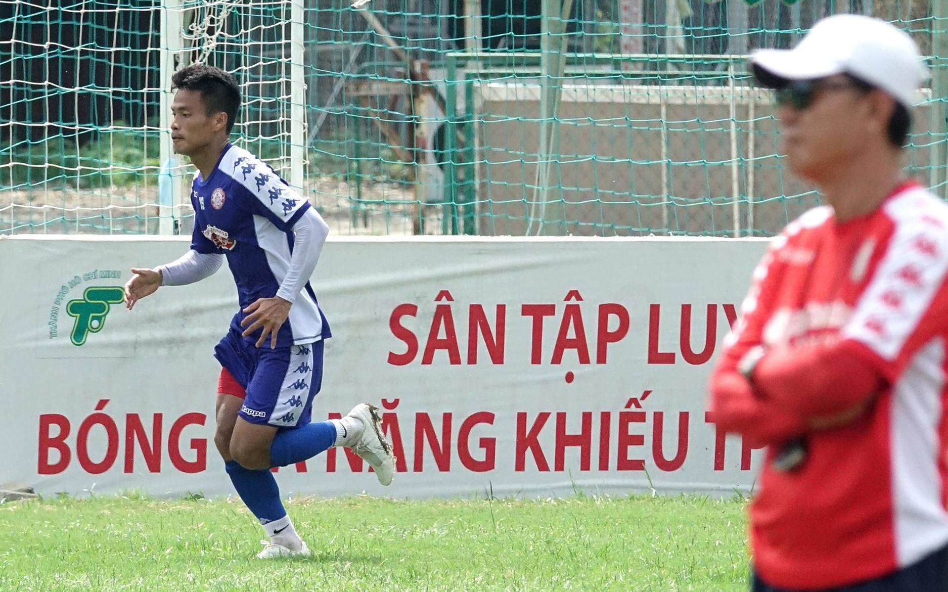 CLB TP.HCM thi đấu bế tắc, HLV Hàn Quốc lên kế hoạch sử dụng cựu sao U19 Việt Nam