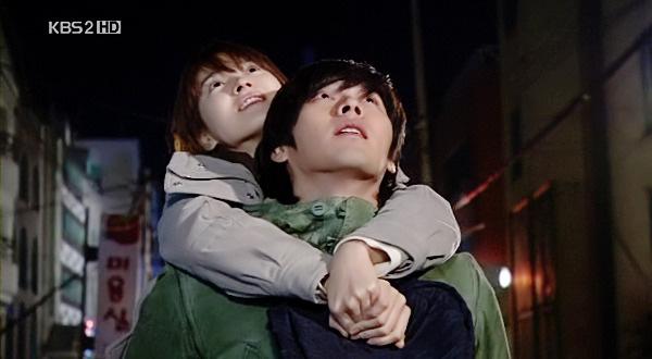 Loạt khoảnh khắc ngọt ngào giữa Song Hye Kyo - Hyun Bin sau 10 năm xem lại vẫn mê mẩn - ảnh 11