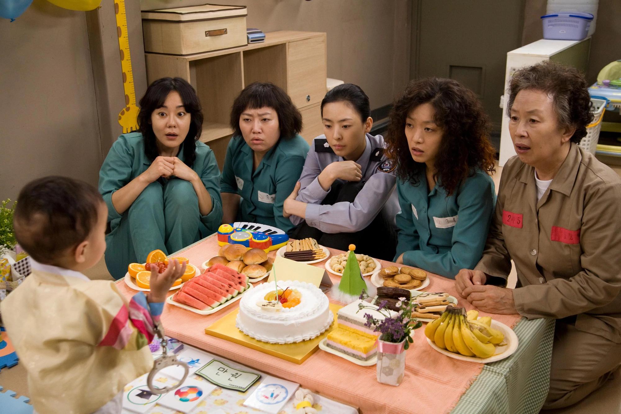 4 hội chị em đang khuynh đảo phim châu Á: Băng chửa hoang Cát Đỏ thân đấy nhưng chưa chắc bằng đội 30 Chưa Phải Là Hết - Ảnh 7.