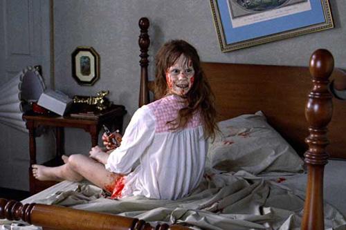6 đạo cụ phim kinh dị gây ám ảnh nhất mọi thời đại, mới ngó qua thôi đã muốn khóc thét - ảnh 1