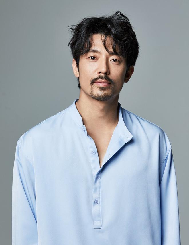Kim Go Eun chốt kèo phim mới về đại dịch Covid-19, yêu đương kiểu cách ly với anh giám đốc Điên Thì Có Sao - ảnh 2