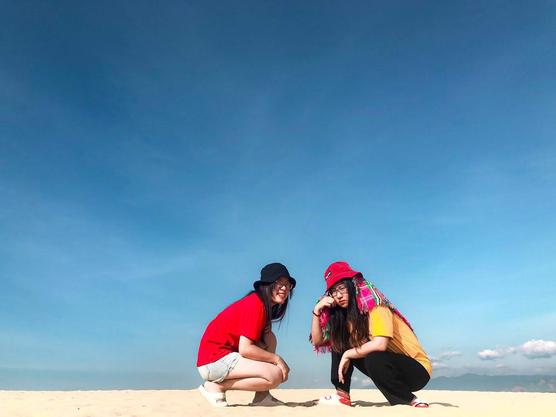 Cô nàng độc thân 26 tuổi lần đầu đi xuyên Việt bằng xe máy với 7 triệu và 17 ngày: Cả tuổi trẻ dành để đi bụi, sống không dũng cảm uổng phí thanh xuân! - Ảnh 21.
