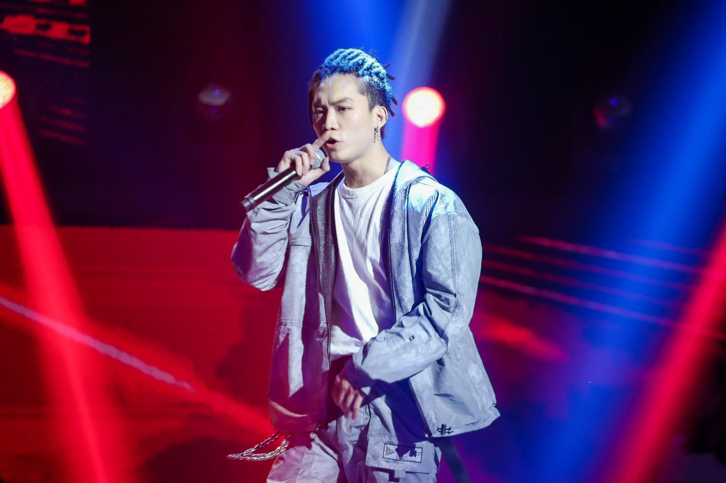 Chàng người mẫu 6 múi - quán quân Quý Ông Đại Chiến từng mở màn King of Rap là ai? - Ảnh 2.