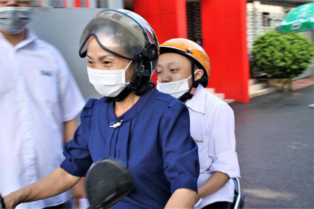 Hải Phòng: Nam sinh xương thủy tinh ước mơ đỗ vào trường ĐH Bách khoa - ảnh 1