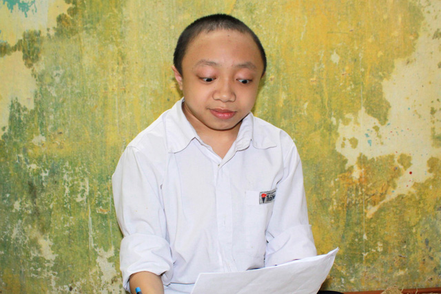 Hải Phòng: Nam sinh xương thủy tinh ước mơ đỗ vào trường ĐH Bách khoa - ảnh 3