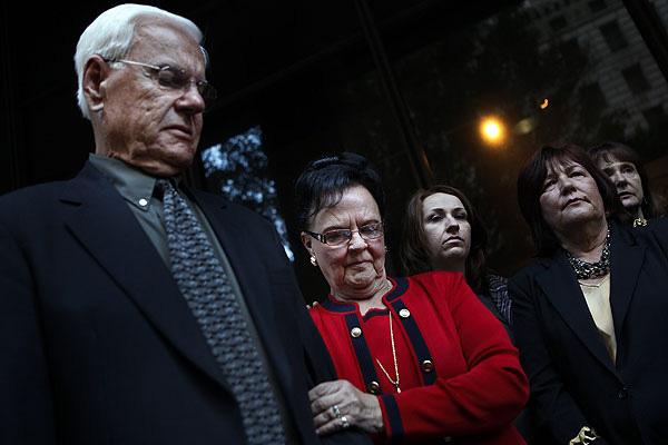 Ông bố chỉ đích danh nghi can sát hại con gái nhưng không một ai tin, sau 25 năm tên sát nhân lộ diện gây choáng váng - ảnh 6