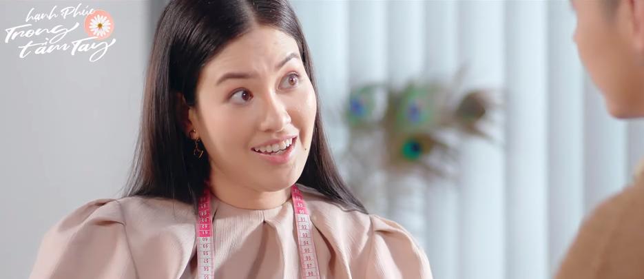 Lên đồ cưới bạn trai 7 năm, hoa hậu Diễm Trần bỗng dính thính ngang xương Anh Đức ở web drama Hạnh Phúc Trong Tầm Tay - Ảnh 1.