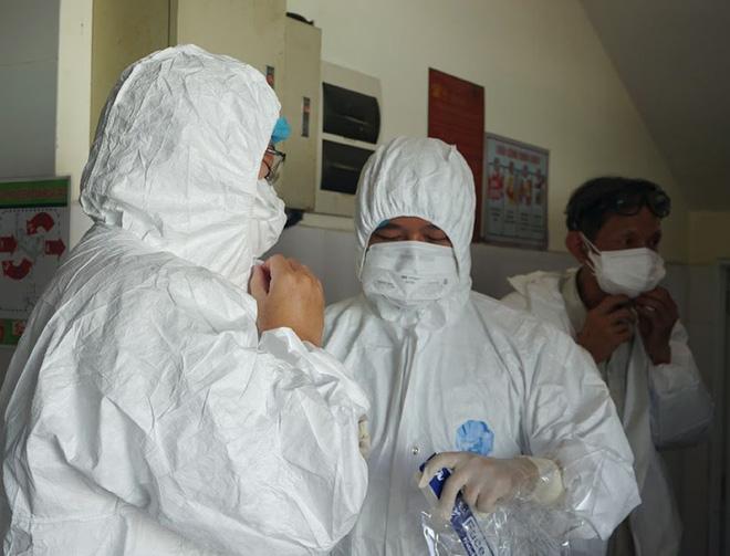 Dịch Covid-19 ngày 12/8: Thêm 14 ca nhiễm tại Hà Nội và Đà Nẵng, Việt Nam có 880 bệnh nhân - Ảnh 1.