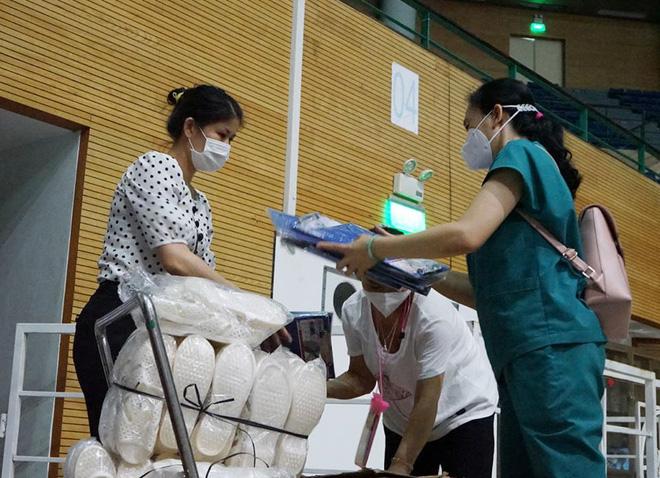 Những hình ảnh về Bệnh viện Dã chiến Tiên Sơn ở Đà Nẵng sắp đưa vào sử dụng - ảnh 2