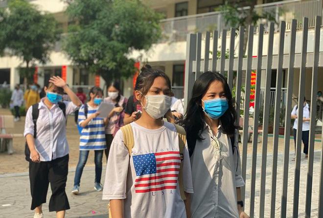 Dịch Covid-19 ngày 14/8: Ghi nhận 18 ca mắc mới COVID-19; Việt Nam có 929 bệnh nhân - Ảnh 1.