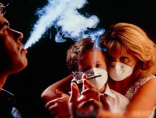 Hút thuốc làm tăng gấp đôi tốc độ phát triển bệnh nhiễm COVID-19 - Ảnh 5.