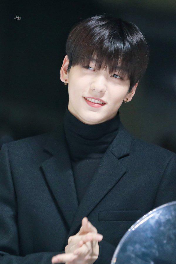 Netizen chọn 20 leader đỉnh nhất Kpop: RM (BTS) dẫn đầu, các nhóm nữ lép vế hoàn toàn nhưng bất ngờ là G-Dragon không hề có tên - ảnh 8