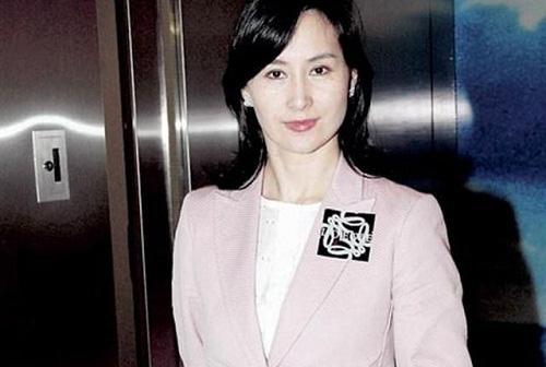 Chiêm ngưỡng loạt ảnh kiều diễm từ bé đến lớn của ái nữ mệnh phú quý Vua sòng bài Macau: Thuở thiếu nữ đẹp không khác mỹ nhân TVB - ảnh 20