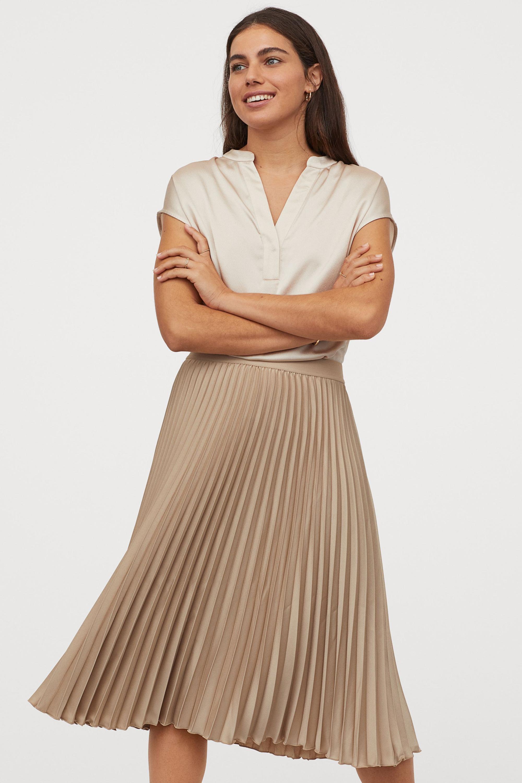 Hòa Minzy với 1 chiếc váy nhưng 2 số phận: Khi thì sang chảnh, cao ráo lúc lại vừa dừ vừa dìm dáng - Ảnh 7.