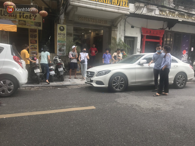 Vụ Lưu Đê Ly và antifan ẩu đả, giật tóc trên phố Hàng Buồm: Công an vào cuộc, nhân chứng kể lại sự việc - ảnh 2