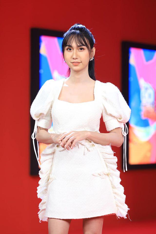 5 lần 7 lượt Lynk Lee ăn diện đặc sệt Hương Giang: Là học hỏi phong cách hay muốn làm bản sao của Hoa hậu chuyển giới? - ảnh 2