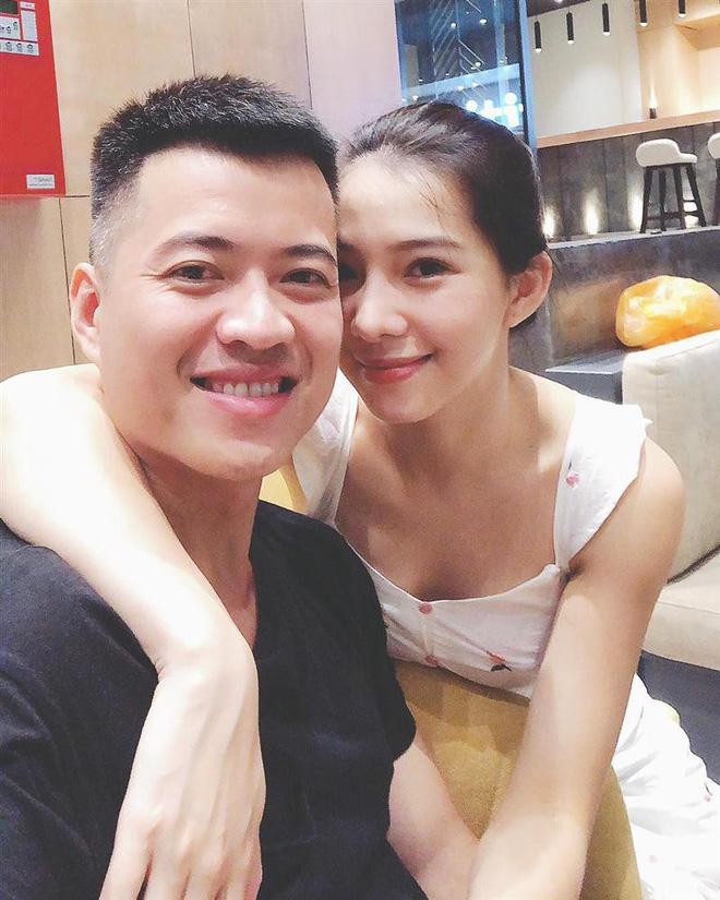 1 ngày sau ồn ào ẩu đả, Lưu Đê Ly công khai nói lời cảm ơn ông xã cực ngọt: Tình yêu trước sóng gió là đây? - ảnh 2