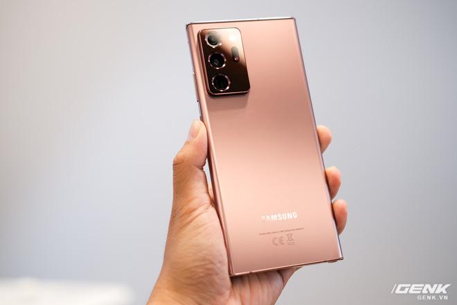 Trên tay Galaxy Note20/Note20 Ultra vừa ra mắt: Màu đẹp xuất sắc, hợp cả nữ lẫn nam - ảnh 1