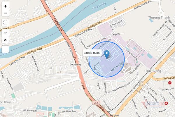 Đi từng ngõ, gõ từng nhà, vận động người dân tải ứng dụng Bluezone - ảnh 3