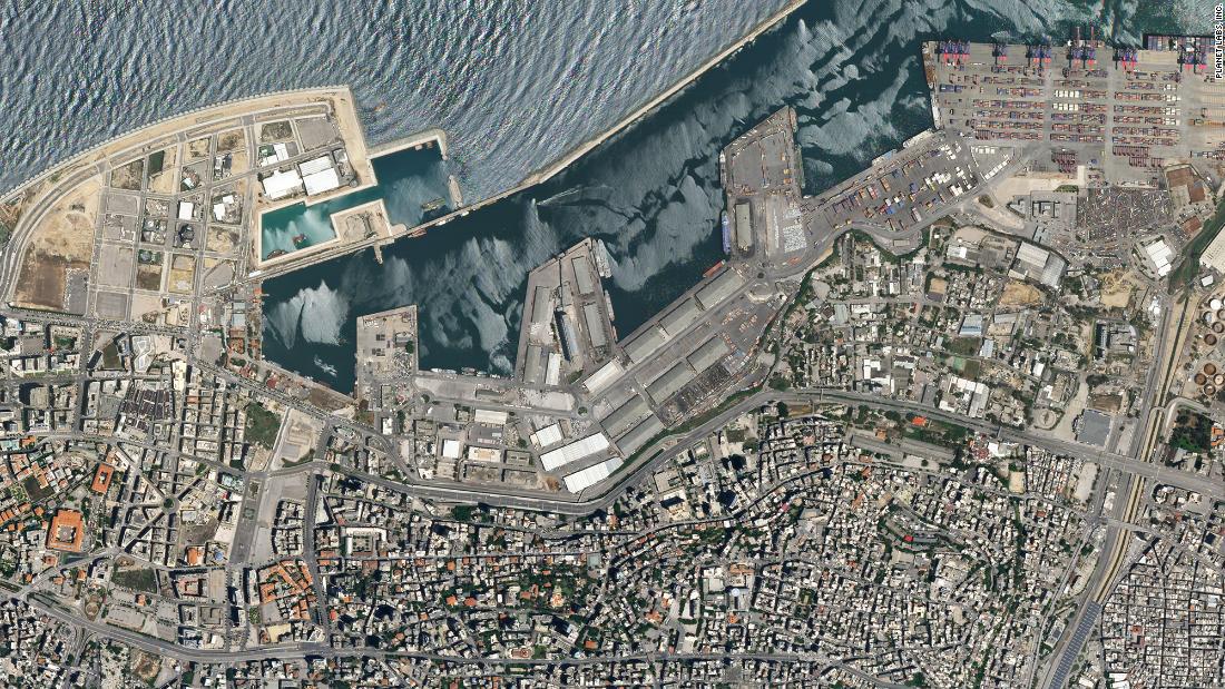 Tiết lộ ngỡ ngàng về vụ nổ thảm họa tại Lebanon: Nguyên chuyến tàu khổng lồ chở toàn vật liệu nổ đậu ở cảng hàng năm trời, lý do tại sao? - ảnh 3