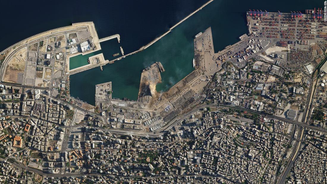 Tiết lộ ngỡ ngàng về vụ nổ thảm họa tại Lebanon: Nguyên chuyến tàu khổng lồ chở toàn vật liệu nổ đậu ở cảng hàng năm trời, lý do tại sao? - ảnh 2