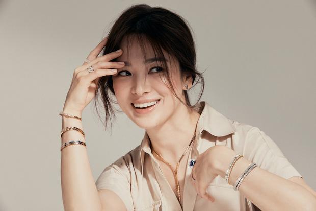 Song Hye Kyo tung bài phỏng vấn giữa liên hoàn thị phi hẹn hò, quan điểm tình cảm có bóng hình của Song Joong Ki? - ảnh 2