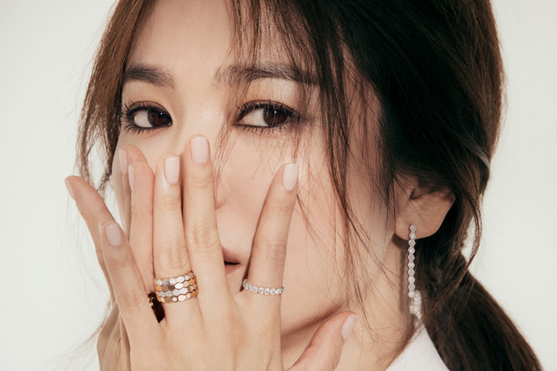 Song Hye Kyo tung bài phỏng vấn giữa liên hoàn thị phi hẹn hò, quan điểm tình cảm có bóng hình của Song Joong Ki? - ảnh 4
