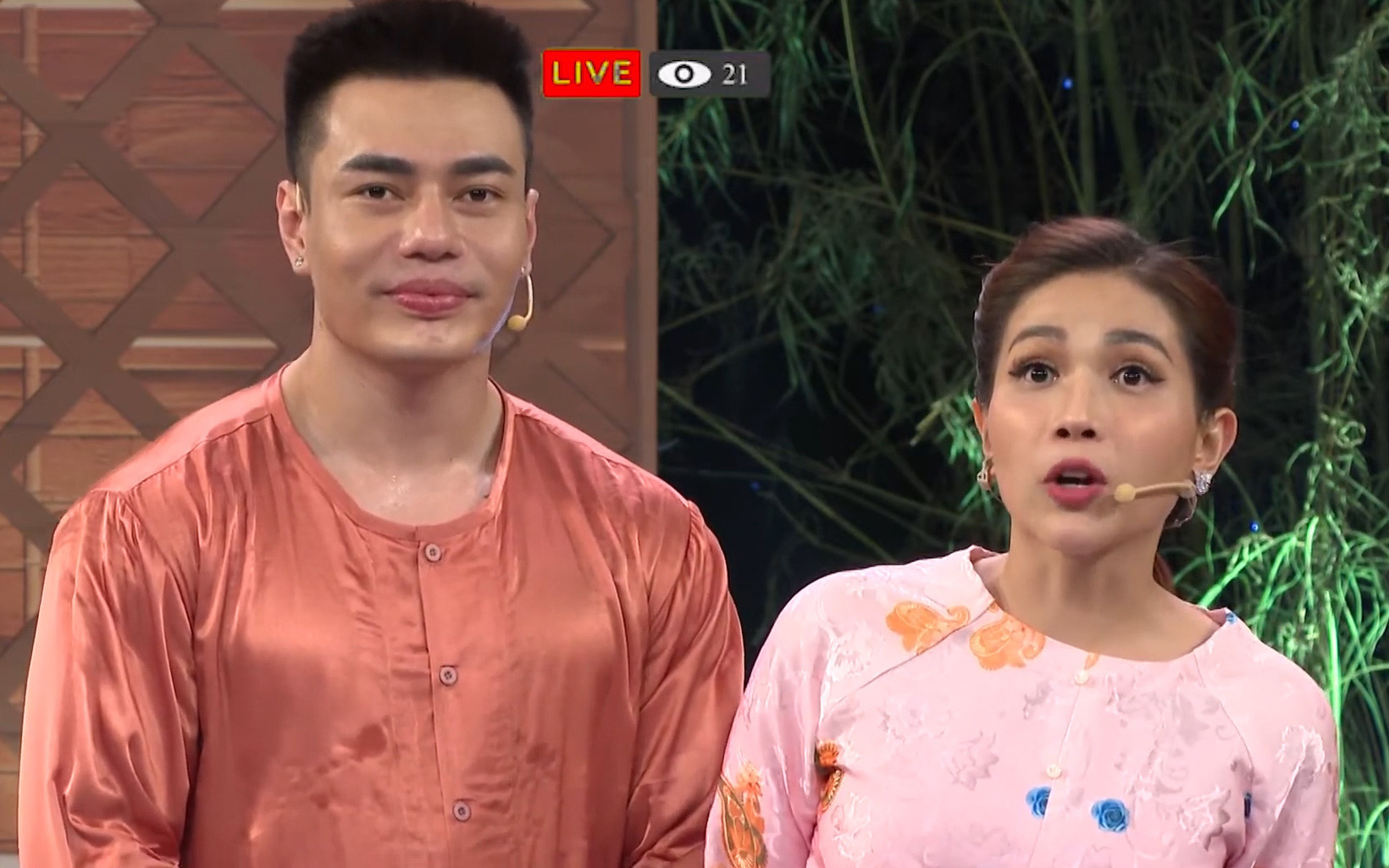 Lê Dương Bảo Lâm livestream bán... Khả Như với giá 200 ngàn nhưng không ai mua