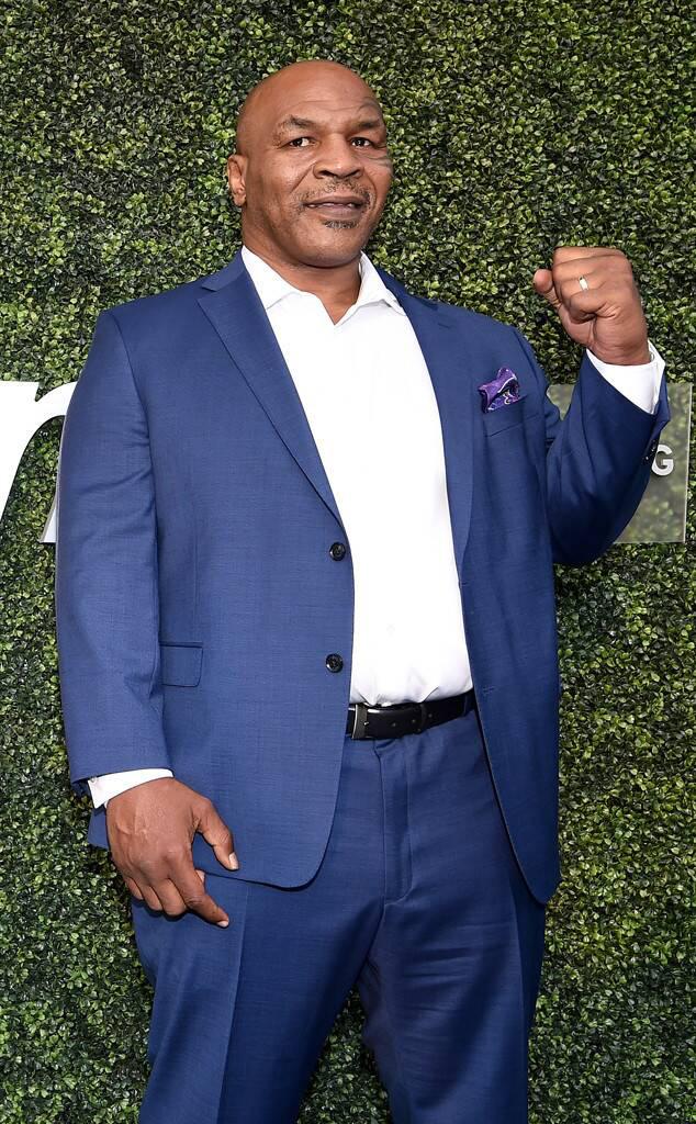 Trước ngày tái xuất, Mike Tyson khoe body căng đét cùng cơ bắp đáng ngưỡng mộ ở tuổi 54 - ảnh 2