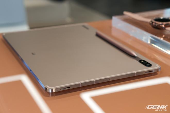 Ảnh thực tế Galaxy Tab S7 tại VN: Hai kích thước màn hình, sang trọng, gọn nhẹ! - ảnh 6