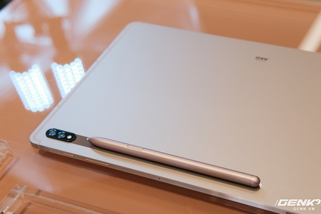 Ảnh thực tế Galaxy Tab S7 tại VN: Hai kích thước màn hình, sang trọng, gọn nhẹ! - ảnh 8