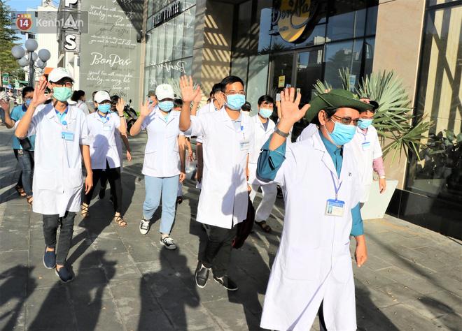 58 chiến binh áo blouse trắng của Hải Phòng, Bình Định có mặt tại tâm dịch Đà Nẵng: Chúng tôi đã sẵn sàng! - ảnh 2