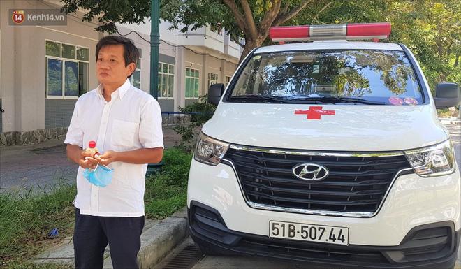"""Ông Đoàn Ngọc Hải và xe cứu thương lần đầu đến Đà Nẵng: """"Tôi rất sợ người dân hiểu lầm mình lợi dụng để kiếm tiền, nổi tiếng - Ảnh 8."""